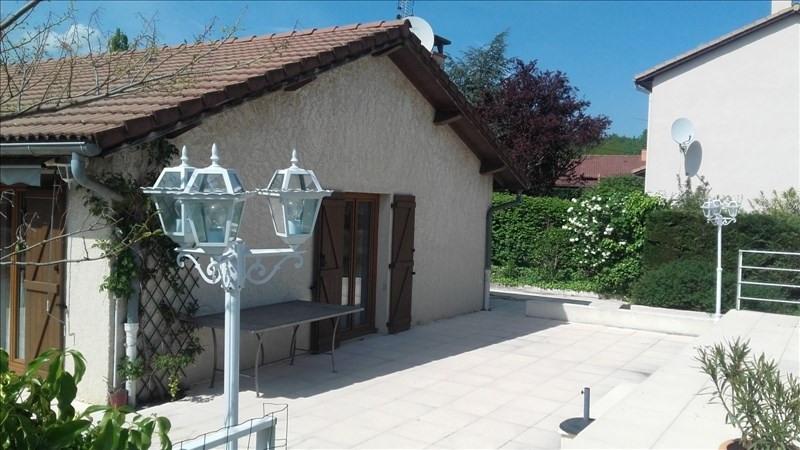 Sale house / villa St prim 320000€ - Picture 2