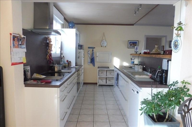 Sale house / villa Proche royan 430500€ - Picture 3