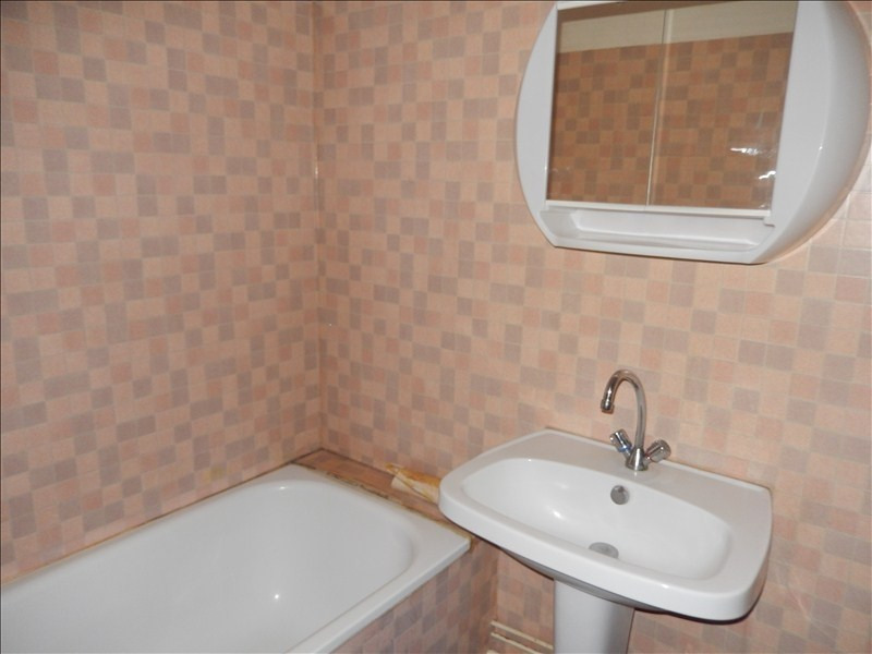 Rental apartment Le puy en velay 256,79€ CC - Picture 5