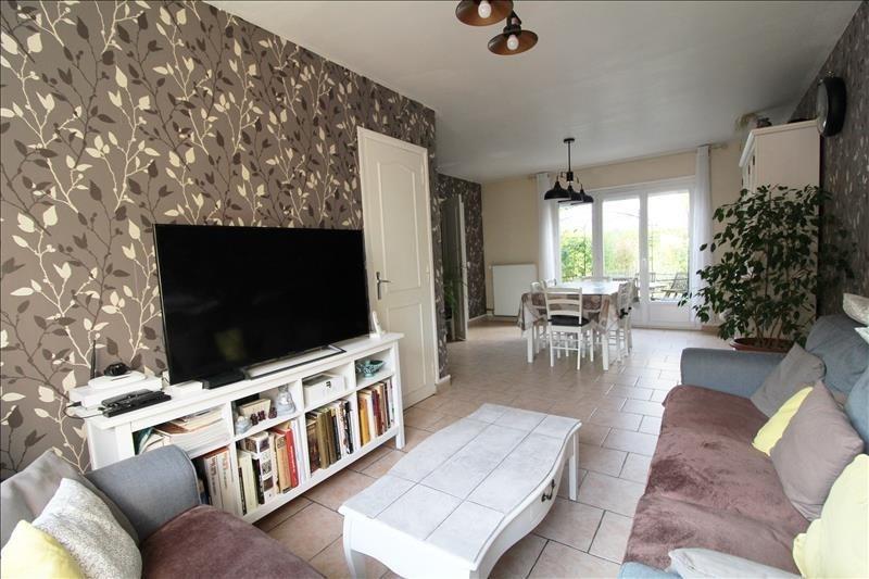 Sale house / villa Maurepas 339000€ - Picture 2