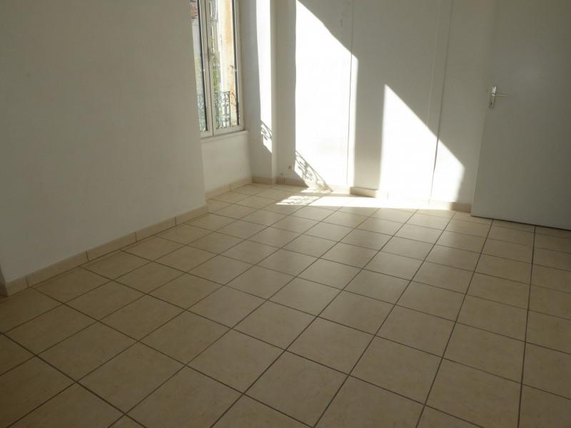Location appartement Aubenas 531€ CC - Photo 9