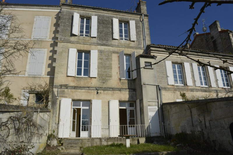Sale house / villa Angoulême 283 550€ - Picture 1
