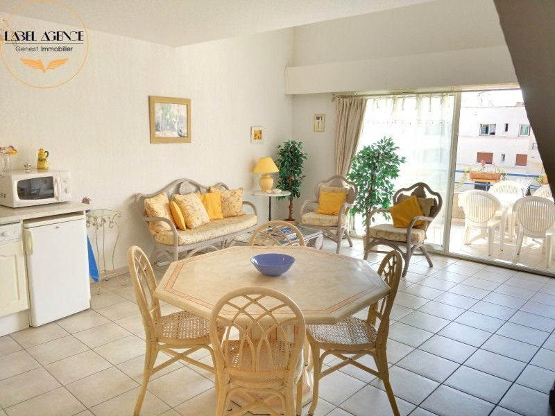 Sale apartment Ste maxime 430000€ - Picture 1
