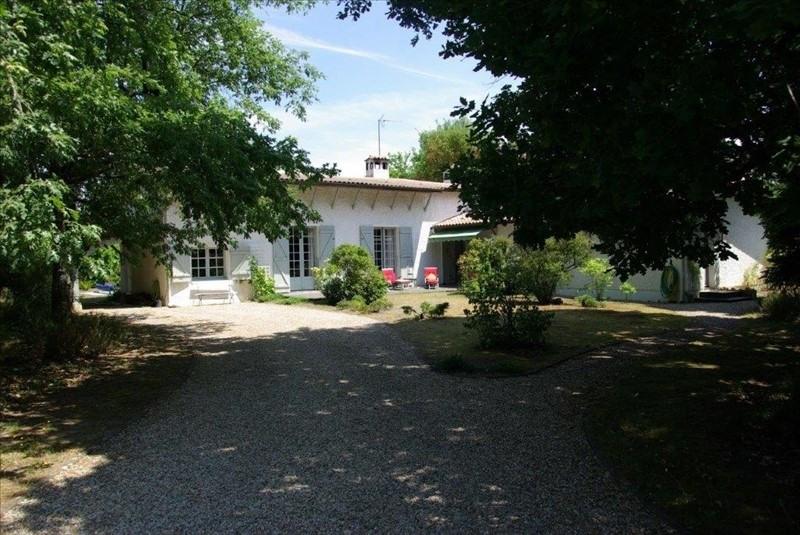 Deluxe sale house / villa St aubin de medoc 644800€ - Picture 3