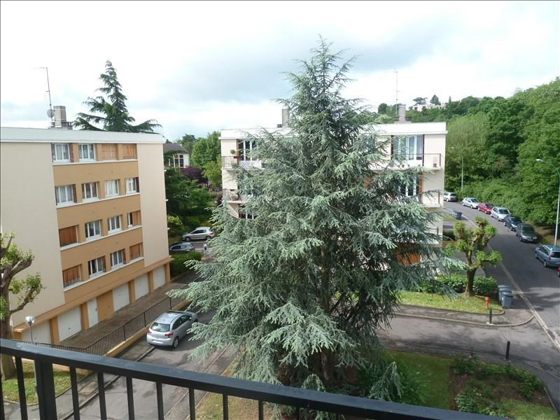 Rental apartment Andresy 775€ CC - Picture 1