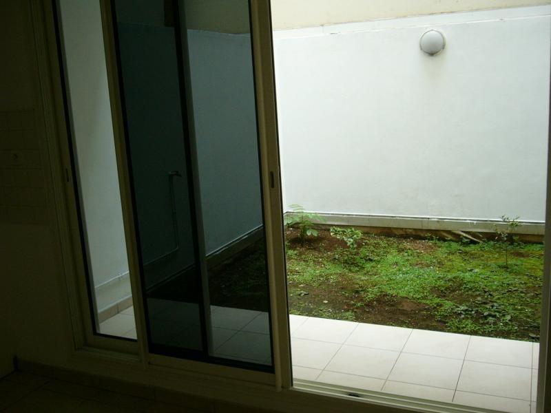 Sale apartment St denis 77000€ - Picture 5