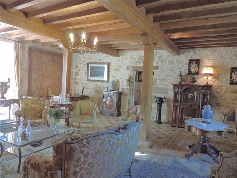 Deluxe sale house / villa Prayssas 892500€ - Picture 2