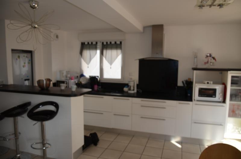 Sale house / villa Heyrieux 256000€ - Picture 7