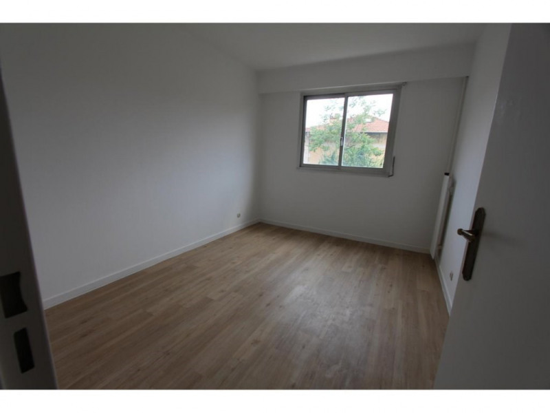 Location appartement Nice 925€ CC - Photo 4