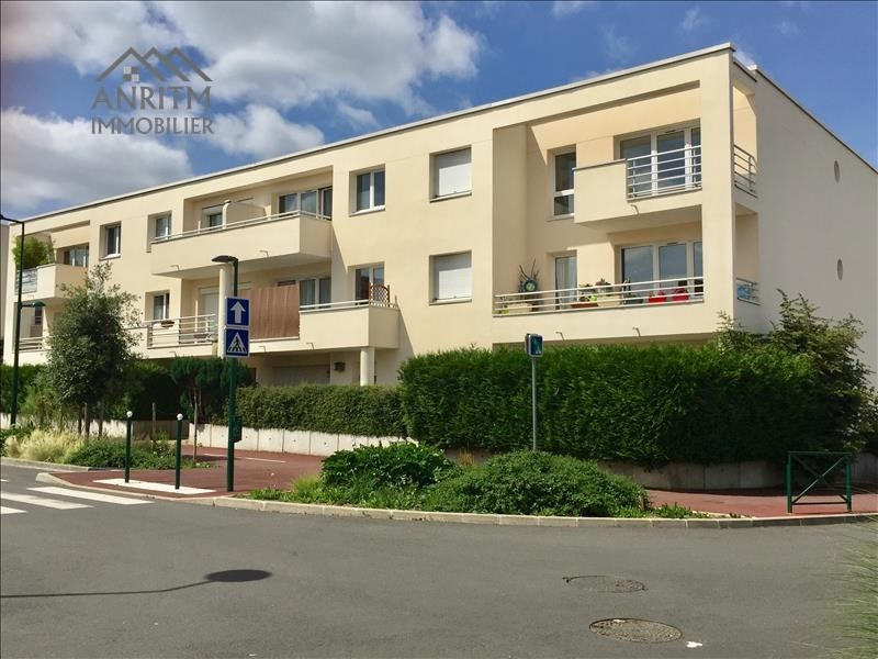 Rental apartment Plaisir 1100€ CC - Picture 3