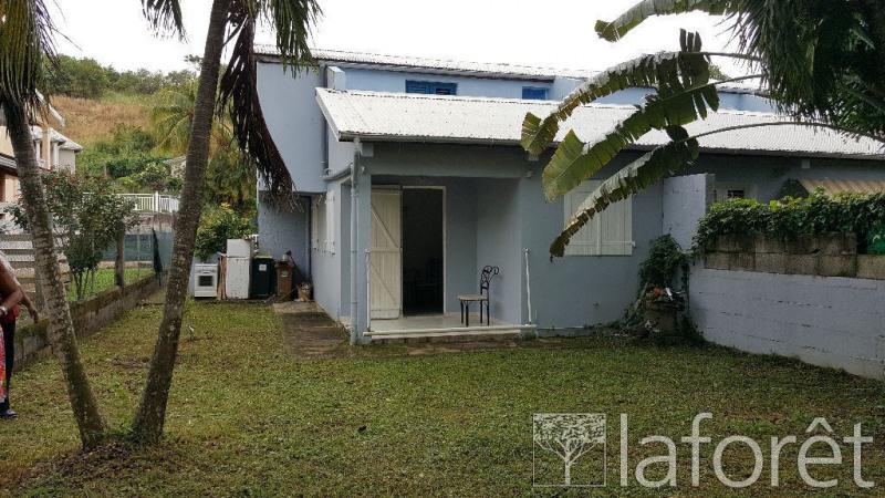 Location maison / villa La trinite 1250€ CC - Photo 2