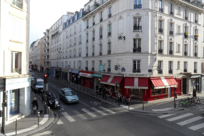 Rental apartment Paris 15ème 1312€ CC - Picture 1