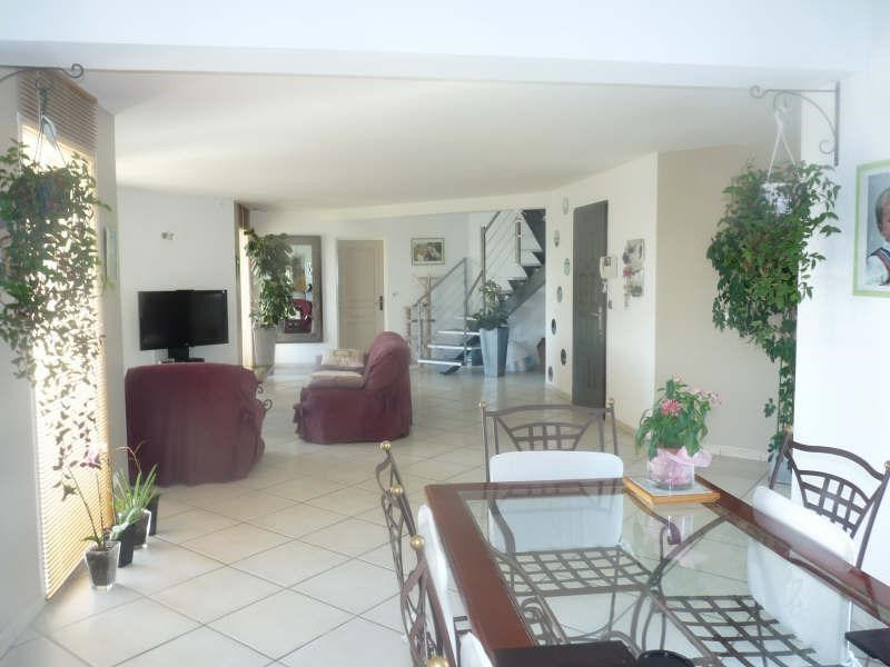 Sale house / villa Castelculier 395 200€ - Picture 2