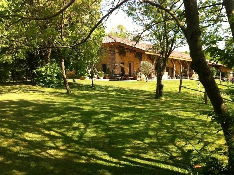Deluxe sale house / villa Montrevel en bresse 560000€ - Picture 1