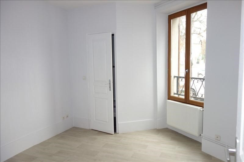 Location appartement Versailles 770€ CC - Photo 2