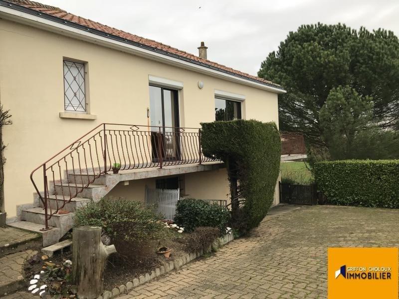 Sale house / villa St germain sur moine 122600€ - Picture 1