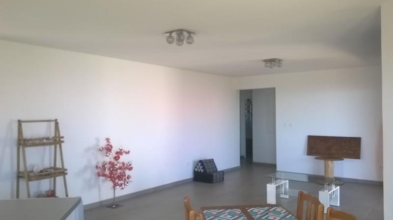 Vente maison / villa Les trois bassins 320000€ - Photo 4