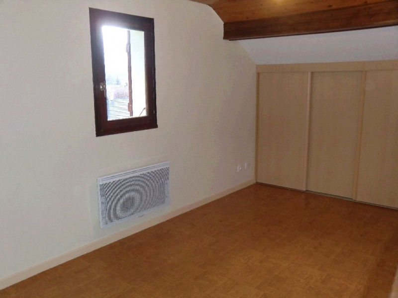 Location maison / villa La biolle 898€ CC - Photo 5