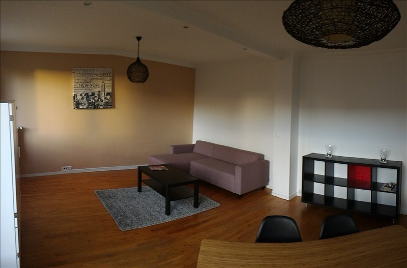 Location appartement Croissy sur seine 1248€ CC - Photo 2