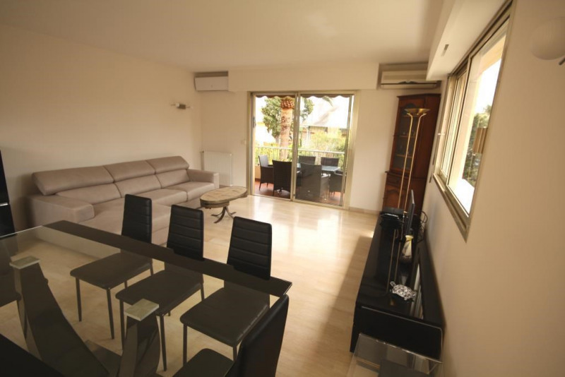 Vacation rental apartment Antibes  - Picture 6