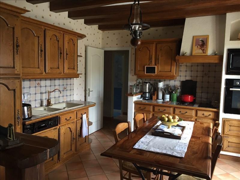 Sale house / villa St gervais la foret 276000€ - Picture 2