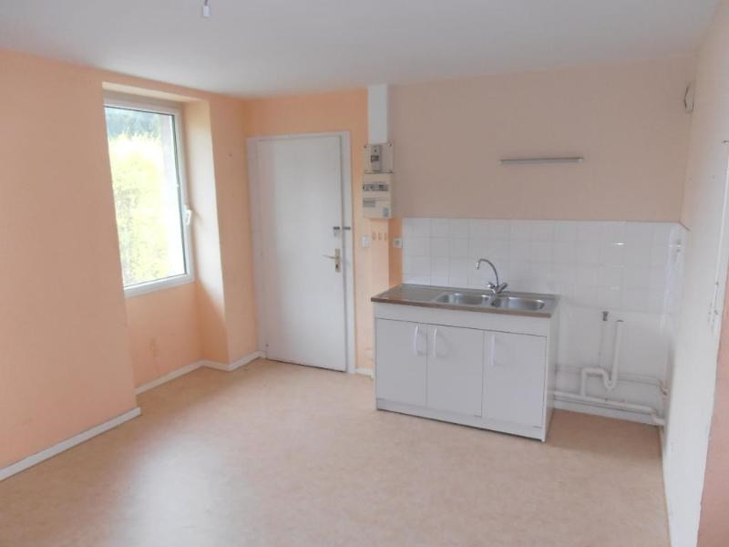 Rental apartment St germain de joux 362€ CC - Picture 1