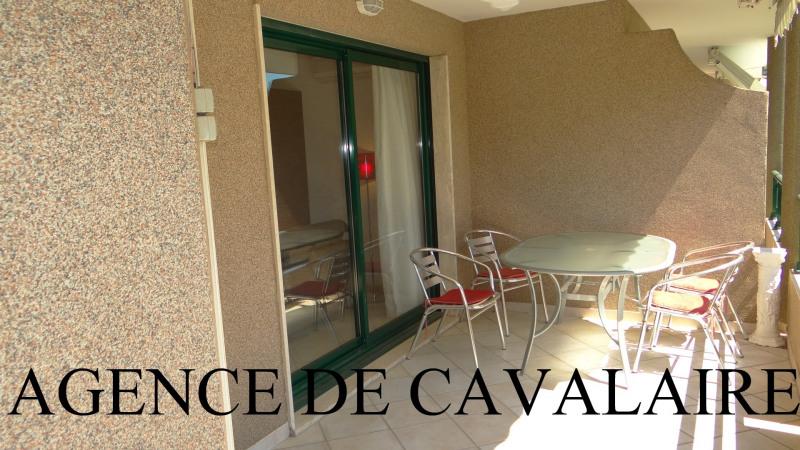 Sale apartment Cavalaire 477000€ - Picture 1