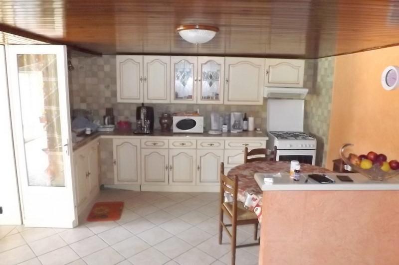 Sale house / villa La roche chalais 196000€ - Picture 6