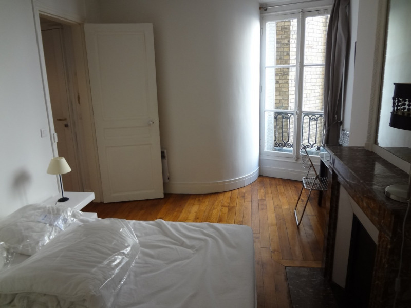 Location appartement Paris 16ème 1 400€ CC - Photo 18