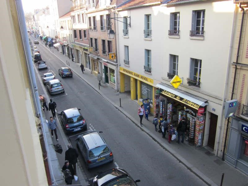 Location appartement Versailles 846€ CC - Photo 3