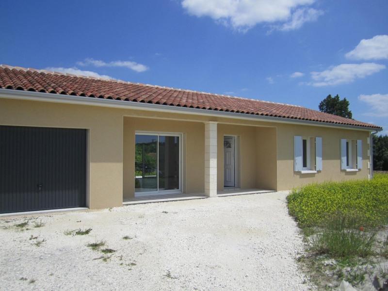 Rental house / villa Condéon 680€ CC - Picture 1