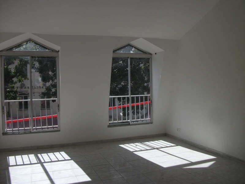 Investment property apartment Basse terre 88 000€ - Picture 1