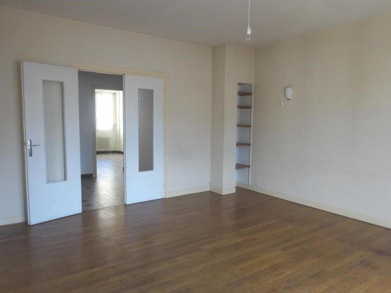 Location appartement Grenoble 1 049€ CC - Photo 3