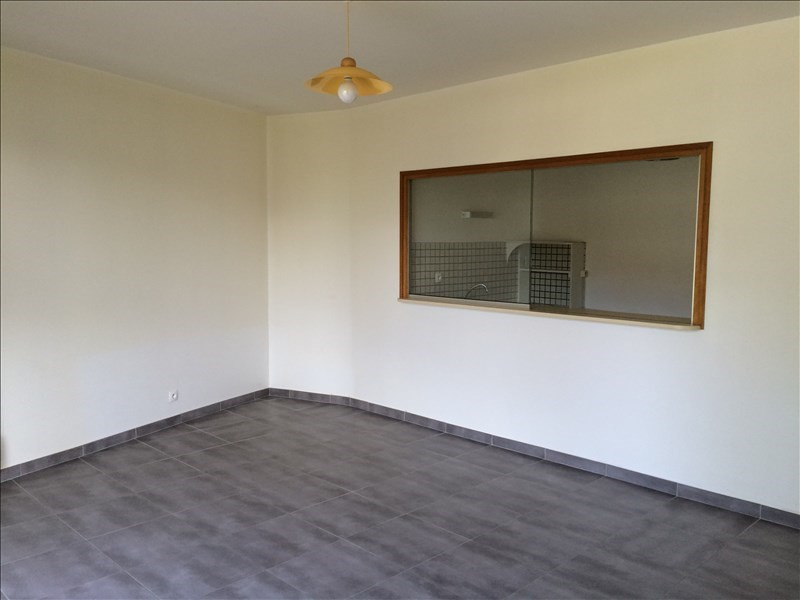Location appartement St quentin 560€ CC - Photo 2