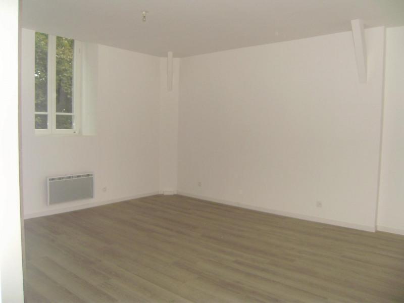 Rental apartment Châlons-en-champagne 720€ CC - Picture 2
