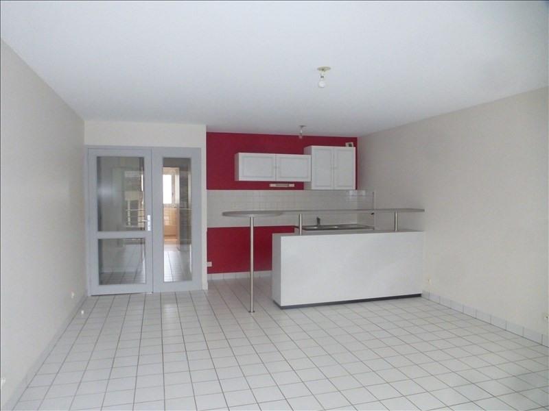 Rental apartment Saint brieuc 560€ CC - Picture 1