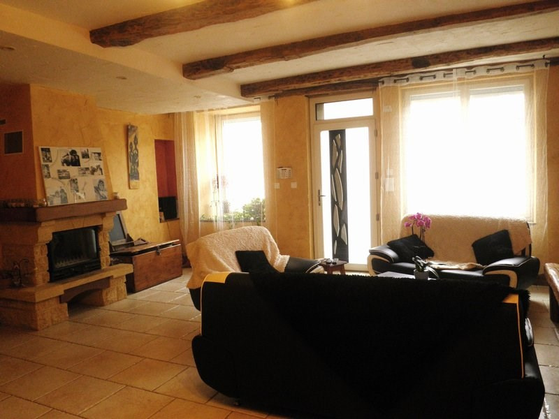 Sale house / villa Chatonnay 179 500€ - Picture 3