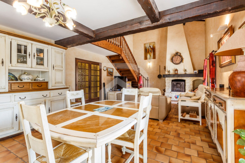 Vente de prestige maison / villa Saint saturnin les avignon 575000€ - Photo 4