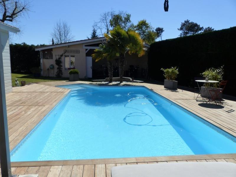 Sale house / villa St jean d illac 500000€ - Picture 2