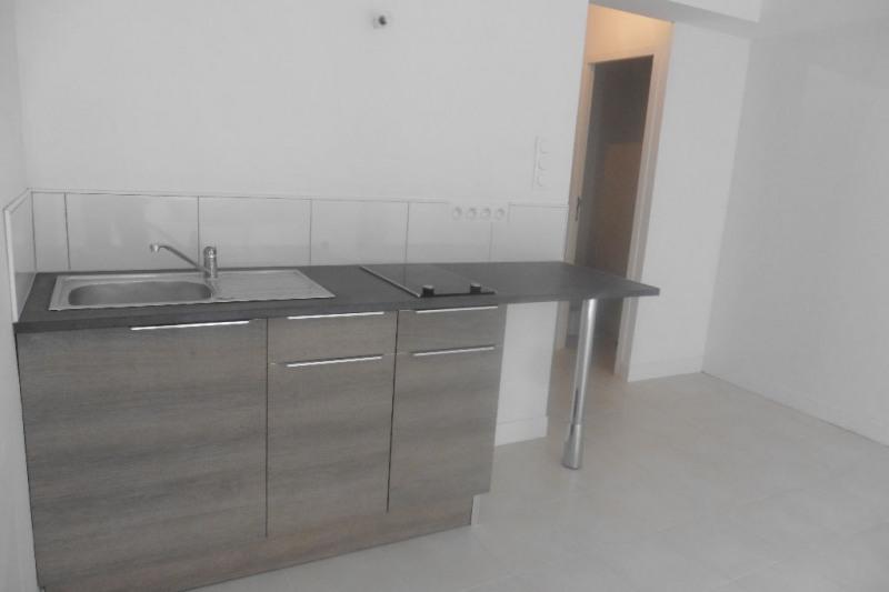 Rental apartment Pont l abbe 290€ CC - Picture 1