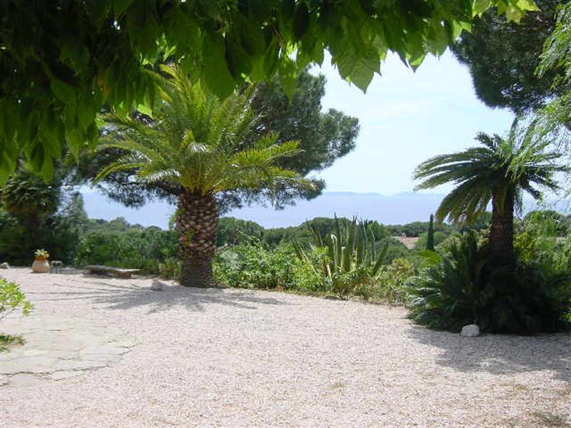 Vacation rental house / villa La croix valmer 630€ - Picture 1