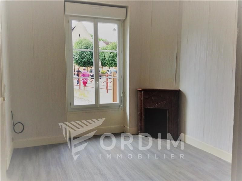 Location maison / villa Gurgy 456€ +CH - Photo 2