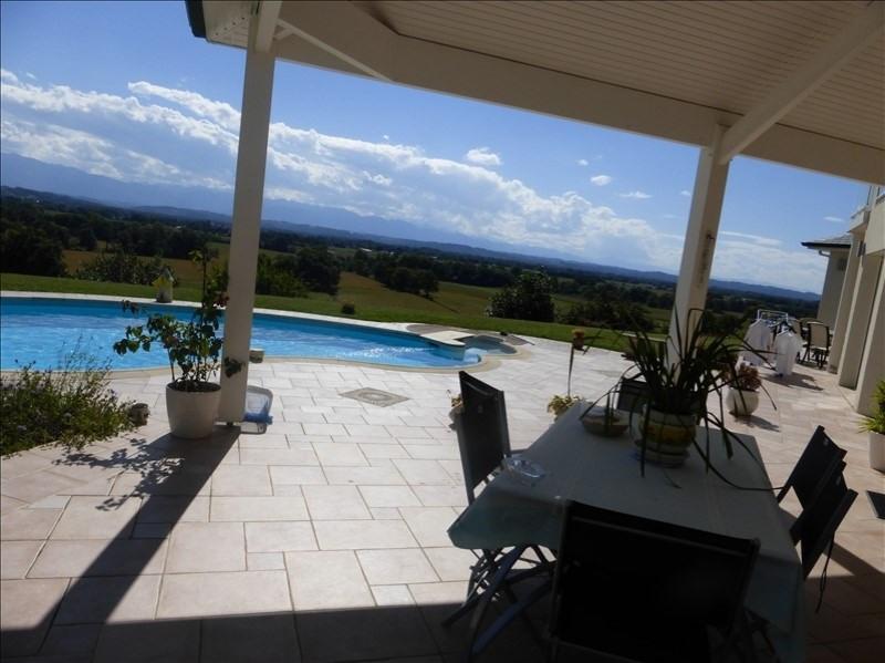 Vente de prestige maison / villa Morlaas 599000€ - Photo 2