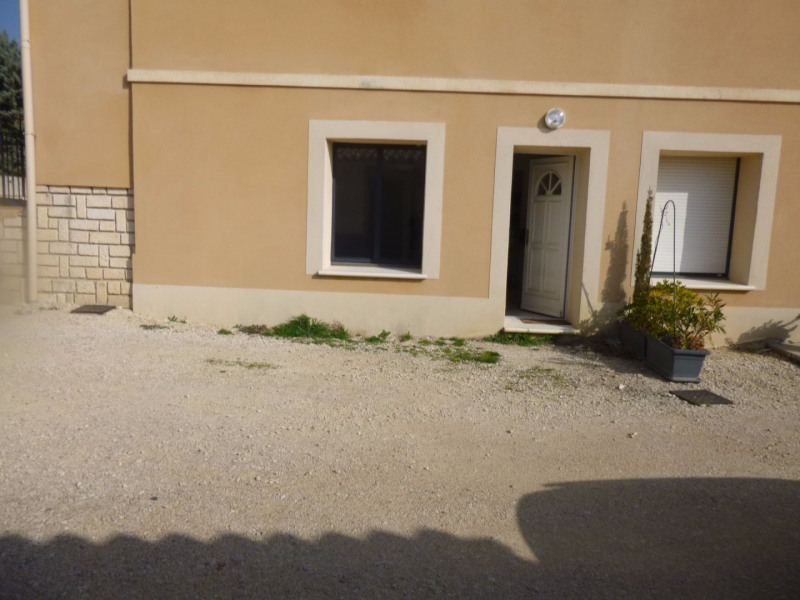 Location appartement Vedene 590€ CC - Photo 2