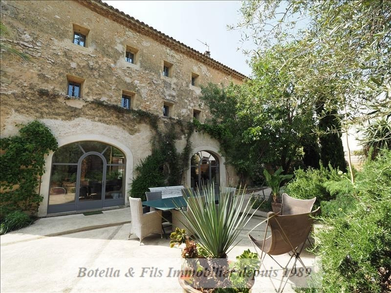 Deluxe sale house / villa Uzes 820000€ - Picture 1