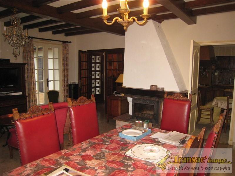 Sale house / villa Puy guillaume 196100€ - Picture 4
