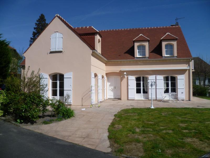 Sale house / villa Saint-prix 800000€ - Picture 1