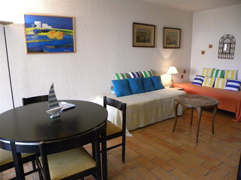 Location vacances appartement Bandol 550€ - Photo 5