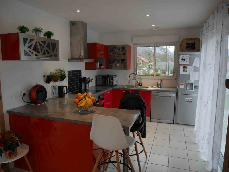 Sale house / villa Lathuile 465 000€ - Picture 2