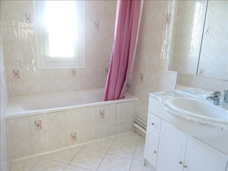 Location appartement Marly le roi 1 246€ CC - Photo 5